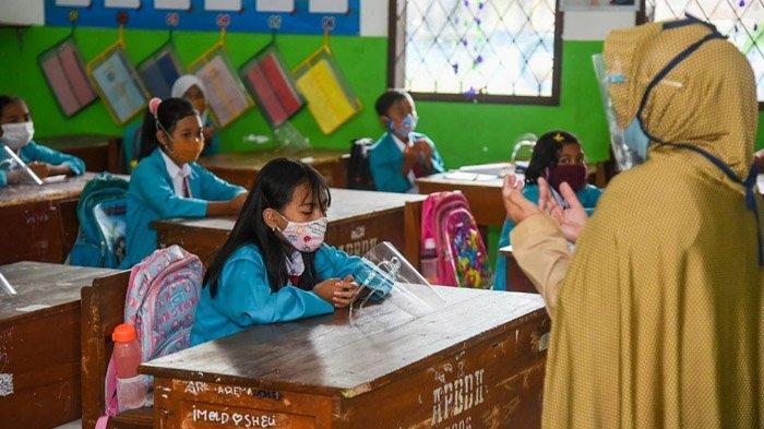 Siswa Tulungagung 'Lupa Sudah Kelas Dua', Efek Setahun Tak Pergi ke Sekolah Gegara Pandemi Covid-19