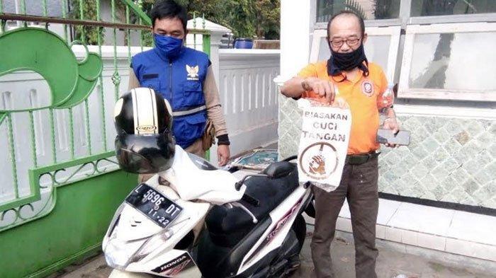 Cewek Kediri Tinggalkan Motor Bertulis 'Biasakan Cuci Tangan' di Pinggir Jalan, Satpol PP Bertindak