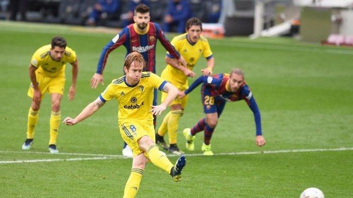 Hasil Barcelona Vs Cadiz, Gol Alex Fernandez di Penghujung Waktu, Gagalkan Kemenangan Blaugrana
