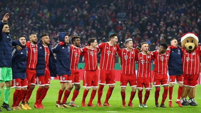 Raih Tripoin di Kandang Augsburg, Bayern Muenchen Juara Liga Jerman 2017-2018