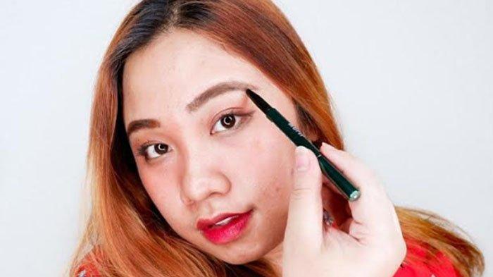 Tips Dan Trik Membuat Alis Natural Ala Beauty Blogger Surabaya Kunci Utama Gradasi Harus Halus Tribun Jatim