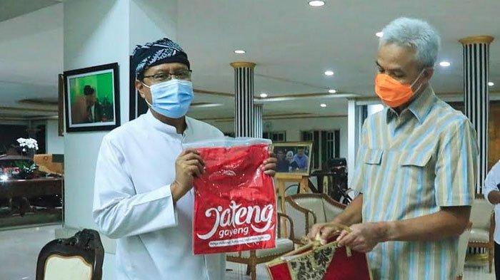 Bertemu Gubernur Jawa Tengah Ganjar Pranowo, Gus Ipul Pelajari Payung Madinah Semarang