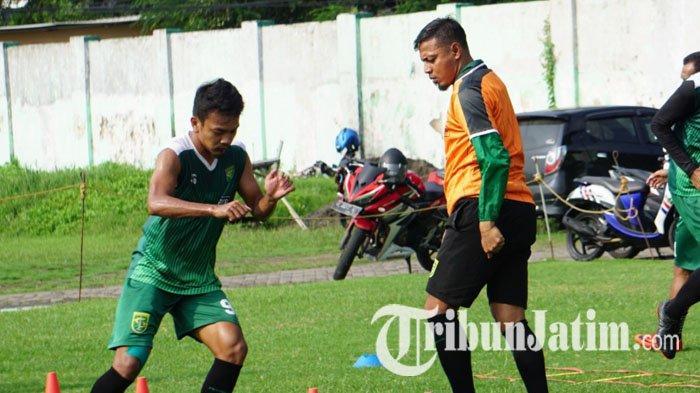PSKT Vs Persebaya Surabaya, Bejo Sugiantoro Berharap Bajul Ijo Bisa Adaptasi dengan Kondisi Lapangan