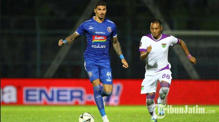 Kontrak di Arema FC Masih Semusim, Arthur Cunha dan Sylvano Comvalius Bakal Dipinjamkan ke Klub Lain