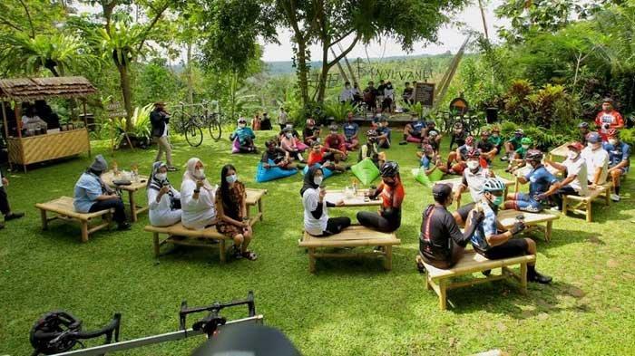 Menikmati Akhir Pekan di Banyuwangi dengan Jazz Kopi di Lereng Gunung Ijen: Perpaduan Sempurna