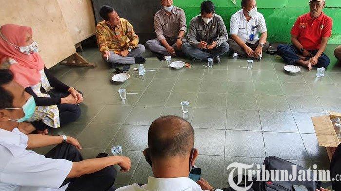 Blusukan ke Kampung Eks Gepeng, Fraksi Golkar DPRD Kabupaten Pasuruan Dicurhati Hal Ini