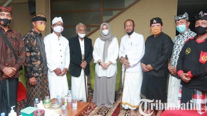 Pemuka Hindu Doakan Calon Bupati Banyuwangi Ipuk Fiestiandani