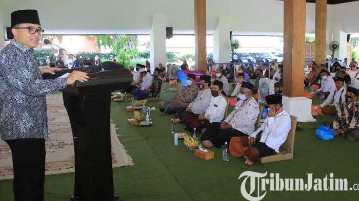 Bupati Anas Kembali Gandeng Tokoh Agama Imbau Umat Perketat Protokol Kesehatan