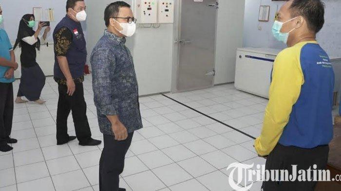 Bupati Anas Cek Kesiapan Vaksinasi, Pendataan Tenaga Kesehatan Siap Divaksin Hampir Rampung
