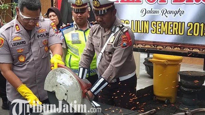 Polisi Amankan 34 Unit Motor Berknalpot Brong Jelang Perayaan Malam Tahun Baru di Kota Blitar