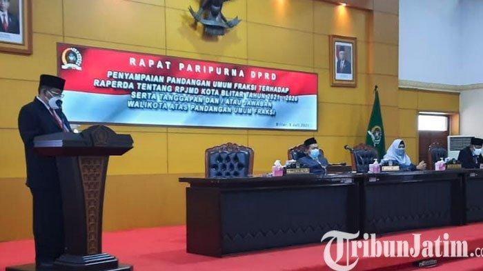 Wali Kota Blitar Sampaikan Jawaban Atas Pandangan Umum Fraksi Terhadap Raperda RPJMD