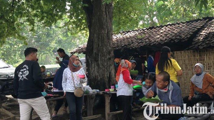 Wader Waduk Pacal Bojonegoro Warung Mbak Sumi yang Jadi Idola Para Traveler