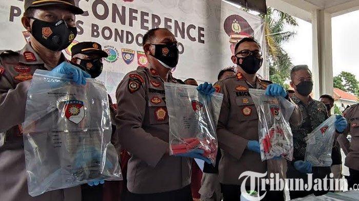 Polres Bondowoso Ringkus 5 Tersangka Penjual Bubuk dan Pembuat Mercon