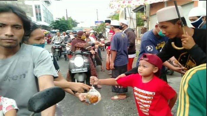 Bagi Takjil di Jalanan Dilarang, Satpol PP Surabaya: Penyaluran Makanan Bisa Ke Masjid