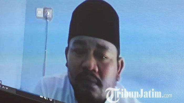 Visum Tidak Oleh Dokter Forensik, Pelaku Penganiaan Takmir Masjid di Gresik Minta Dibebaskan