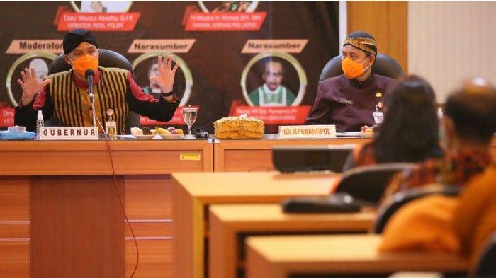 Gubernur Jawa Tengah,  Ganjar Pranowo Ajak Generasi Muda FKUB Tampilkan Keguyuban dan Kerukunan