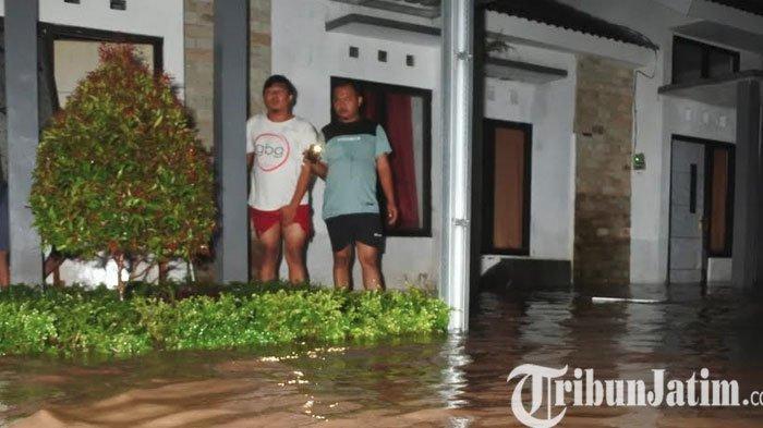 Kota Jember Dikepung Banjir