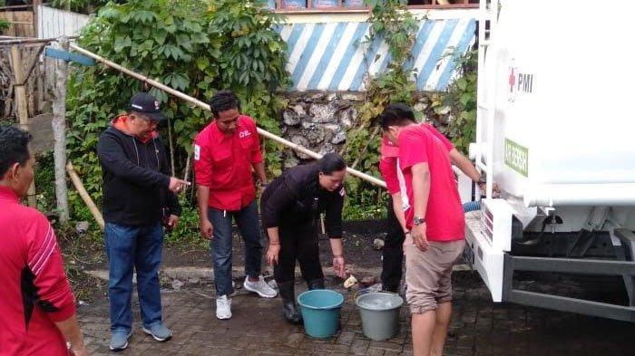 PMI Jember Sediakan Ponten Portabel di Lokasi Banjir Bondowoso