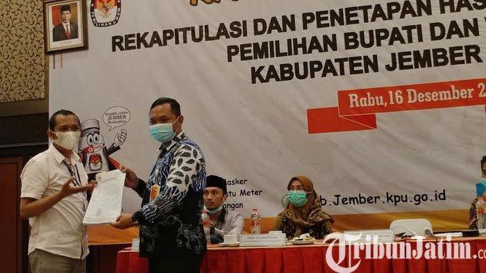 Saksi Paslon 01 dan 03 Tidak Mau Menandatangani Hasil Rekapitulasi Pilkada Jember