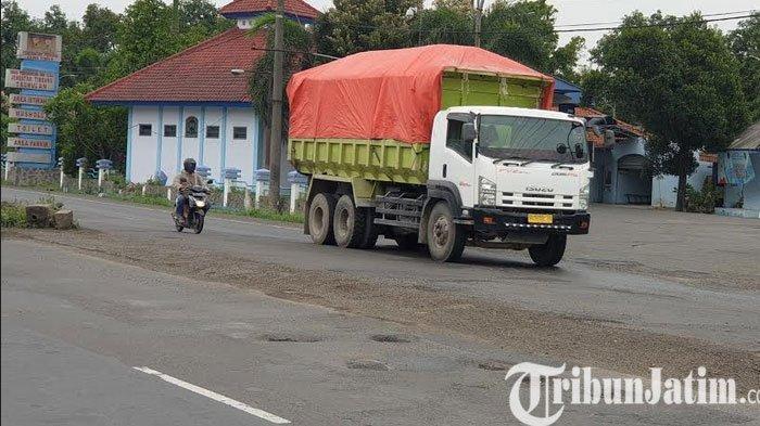 Awas Banyak Lubang di Jalan Nasional Mojokerto -Jombang Picu Fatalitas Kecelakaan