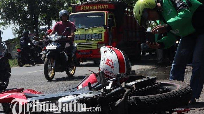Tabrakan Beruntun Empat Motor di Jombang, Satu Tewas Dua Parah