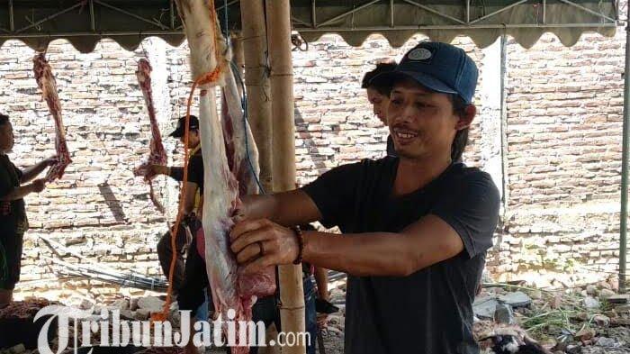 Ponpes Wahidiyah Kota Kediri  Bagikan 4.000 Paket Daging Kurban