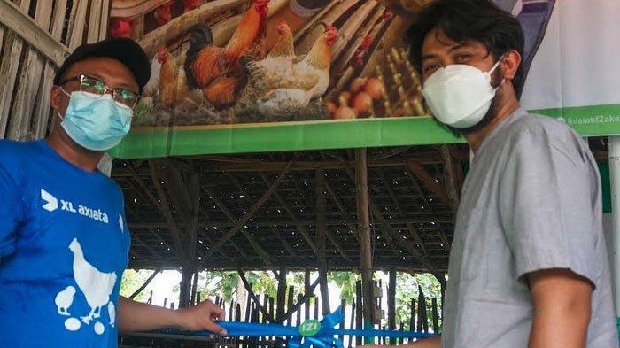 XL Axiata - IZI Donasi 1.000 Ayam di Lamongan