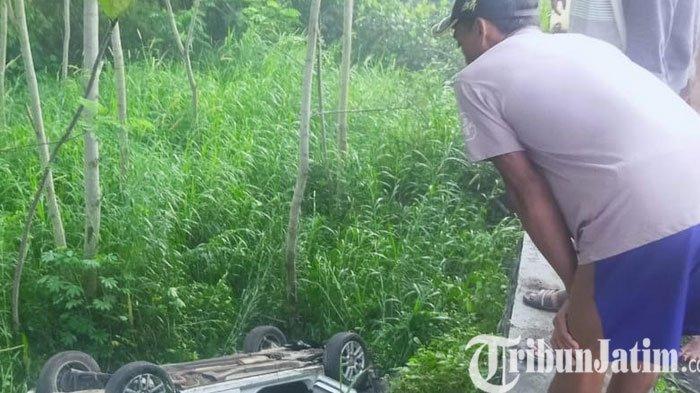 Ngebut, Mobil Oleng dan Masuk Jurang di Lumajang, Pengemudi Tewas