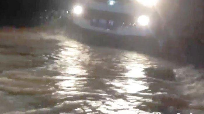 Diguyur Hujan 7  Jam, Banjir Bandang dan Longsor Terjang Kabupaten Madiun