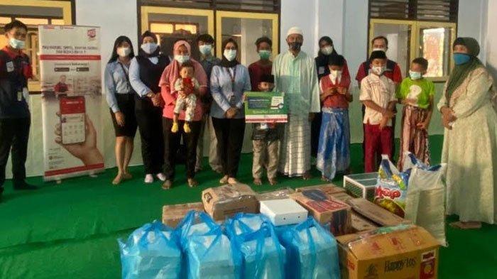 Berbagi di Bulan Ramadhan, Bank Sampoerna Cabang Malang Santuni 50 Anak Yatim