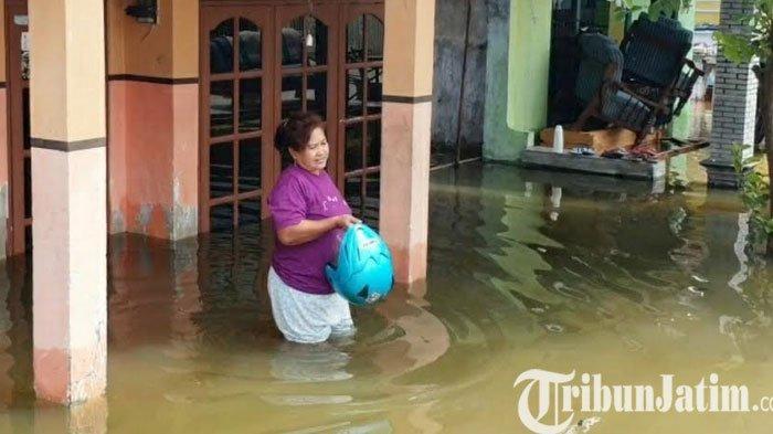 Ratusan Rumah Terendam Banjir di Dusun Bekucuk Tempuran Mojokerto