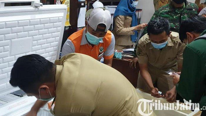 1.000 Vaksin Covid-19 Sinovac Tahap Pertama Tiba di Dinkes Kota Mojokerto