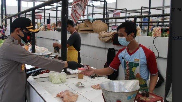 Pembagian Masker Gratis, Upaya Tim Satgas Nganjuk Jaga Kesehatan Dan Keselamatan Warga