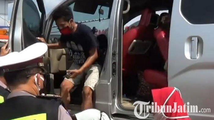 Polantas Ngawi Jatim Amankan Pemudik, Kelabuhi Petugas Pemudik Dari Jakarta ini Sewa Mobil Towing