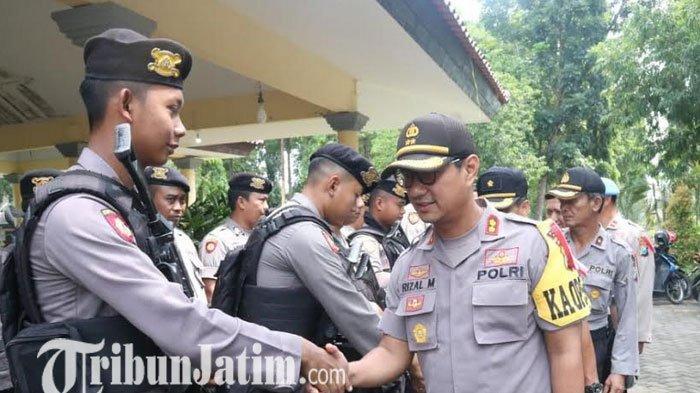 Ratusan Personel Bersenjata Lengkap Disiapkan Selama Pleno di Tingkat Kecamatan