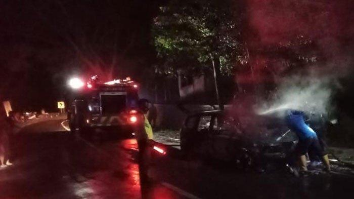 Nissan Grand Livina Terbakar di Ponorogo, Bawa Lima Penumpang, Ini nasib Penumpangnya