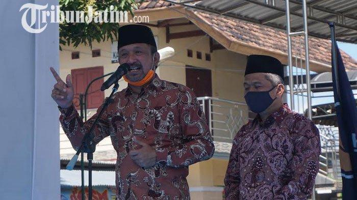 BREAKING NEWS - Sebelum Daftar ke KPU Ponorogo, Ipong - Bambang Salat Dhuhur di Masjid NU