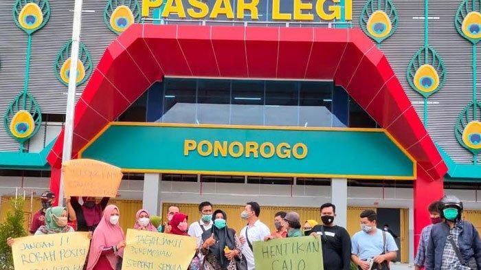 Pedagang Pasar Legi Ponorogo Keluhkan Pembagian Kios di Lantai Dasar, Kembalikan Semula