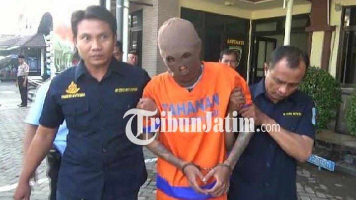 BREAKING NEWS - Pemuda Surabaya ini Tertangkap Polisi Sidoarjo Bawa 11,83 kg Ganja