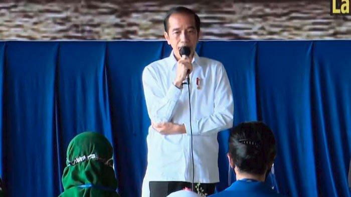 Presiden Jokowi Panen Raya di Desa Kanigoro Kabupaten Malang