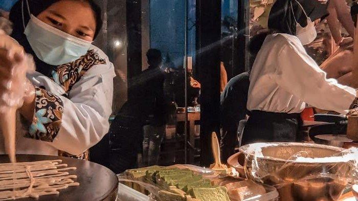Menikmati Pemandangan Kota Sidoarjo Sambil Menyantap Makanan Timur Tengah