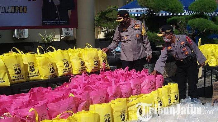 Polres Situbondo Gandeng Komunitas Otomotif Bagikan Paket Sembako ke Warga Terdampak Covid-19