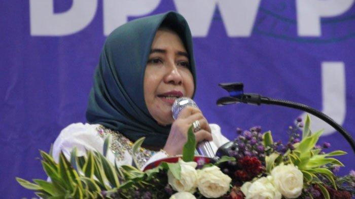 49 Tahun Anik Maslachah, Pimpinan Dewan Jatim Perempuan Pertama di Era Reformasi