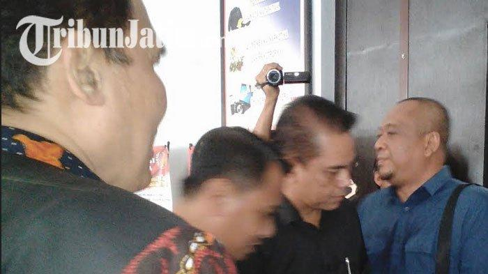 Politisi Partai Gerindra Bambang Haryo Mendadak Jenguk Ahmad Dhani