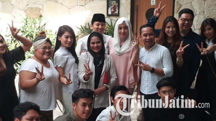 Cara Asik Cawagub, Puti Guntur Soekarno Guyub Bareng Komunitas Millenial Surabaya