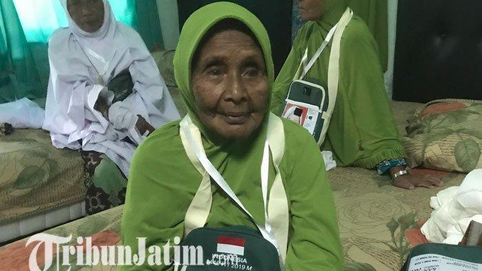 Pengakuan Para Calon Jemaah Haji di Surabaya, Rajin Minum Jamu hingga Latihan Jalan Sampai 3 KM