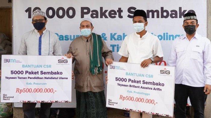 PT SIG Salurkan 12.100 Paket Sembako Sambut Idul Fitri