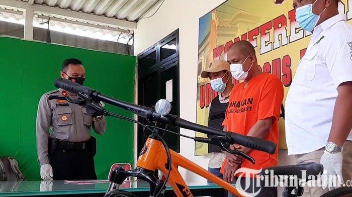 Demi Anaknya Yang Ingin Sepeda, Pria asal Sirabaya Ini Nekat Mencuri Sepeda