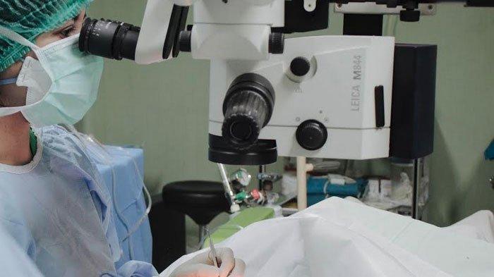 Surabaya Eye Clinic Gunakan Teknologi Terbaru Berbasis Full Laser untuk Operasi Katarak