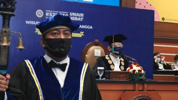 Wisuda di Unair Surabaya Secara Daring, Hanya Mahasiswa Berprestasi Yang Diundang ke Kampus